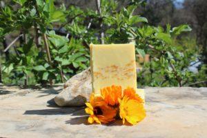 savons calendula artisanal